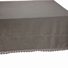 Traditional Tablecloths by americancountryhomestore.com