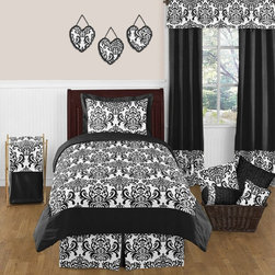 Sweet Jojo Designs - Isabella Black and White 3-Piece Queen Bedding Set by Sweet Jojo Designs - The Isabella Black and White 3-Piece Queen Bedding Set by Sweet Jojo Designs, along with the bedding accessories.