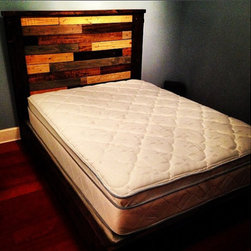Rustic Platform Bed w/ Multicolor Plank Headboard // Rustic Bed // - This item is for any size bed (please select when purchasing)