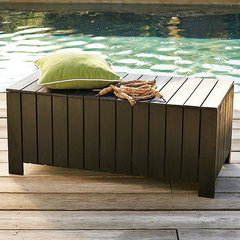 modern outdoor stools and benches by West Elm