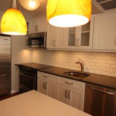 Contemporary Kitchen by Design Build 4U Chicago