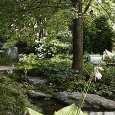Traditional Landscape by Kane Brothers Water Features