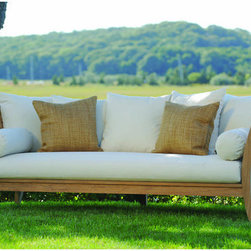 Outdoor Furniture - Ipanema day bed | Lawn & Leisure