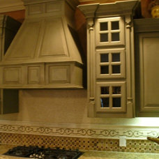Traditional Kitchen by Servigon Construction Group
