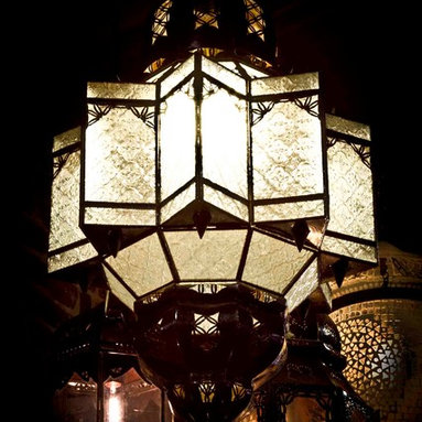 Beautiful Exotic pendant lights - Clear glass Star pendant light.
