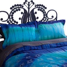 Contemporary Duvet Covers by koi Design