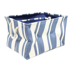 Nesting Storage Bins, Blue - Nesting baskets save room and are practical for any small space. Use them as laundry baskets or to store quilts and other soft furnishings, toys or beach accessories. Or tote items around in them.