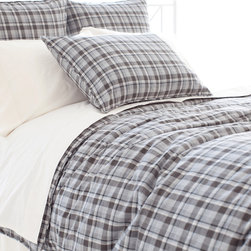 Pine Cone Hill - Pine Cone Hill Greyville Tartan Duvet Cover - A traditional tartan print adorns this super-soft duvet cover made from brushed, yarn-dyed cotton. It's the perfect way to blanket your bedroom in classic, laid-back fashion.Available in multiple sizes: Full/Queen, King100% cottonGreyville Tartan collection