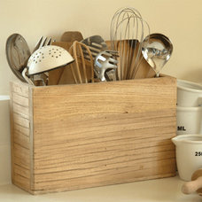 Traditional Utensil Holders And Racks by Garden Trading