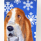 Caroline's Treasures - Basset Hound Snowflakes Michelob Ultra Koozies for slim cans for slim cans - Basset Hound Winter Snowflakes Holiday Michelob Ultra Koozies for slim cans SS4666MUK Fits 12 oz. slim cans for Michelob Ultra, Starbucks Refreshers, Heineken Light, Bud Lite Lime 12 oz., Dry Soda, Coors, Resin, Vitaminwater Energy, and Perrier Cans. Great collapsible koozie. Great to keep track of your beverage and add a bit of flair to a gathering. These are in full color artwork and washable in the washing machine. Design will not come off.