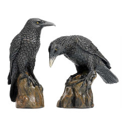 EttansPalace - Black Night Raven Table Statue - Set of 2 - Straight from the eerie edges of a Gothic nightmare, these mystical shape shifters, immortalized in literature by Edgar Allan Poe, are ready to lend a spooky presence to your home or gallery. Fabled gothic messengers between the worlds, our ravens are intricately sculpted, then cast in quality designer resin and finely hand-painted in charcoal black.