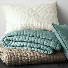 Contemporary Quilts by Garnet Hill
