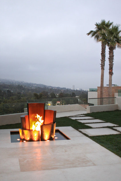Contemporary Fire Pits by Water Studio