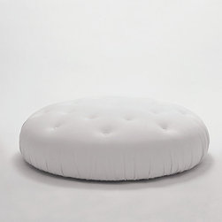 "Cyrus Company US - ""POUFFONE"" white synthetic leather"