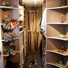 Modern Clothes And Shoes Organizers by Swiss Touch Construction Ltd