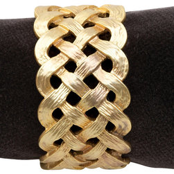 L'Objet - Napkin Rings (set of 4), Gold, Without Crystals - Handcrafted Brass Plated with 24 karat gold in luxury gift box. Set  of 4. Clean with damp cloth.