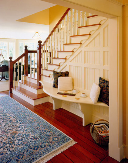 Traditional Staircase by Ronald F. DiMauro Architects, Inc.