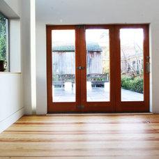 Modern Entry by bright designlab