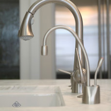 kitchen faucets by JDL Construction