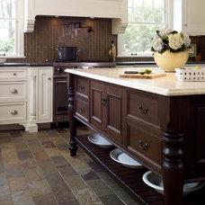 Kitchen by Rosen Group Architecture | Design
