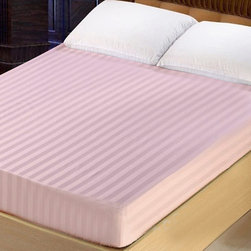 Lasin Bedding 300TC 100% Cotton Fitted Sheet, Queen, Pink - Made of 100% high quality cotton, our 300 thread count fitted sheets are soft and comfortable, just the way you need for a good night sleep.