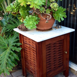 Affinity fence gate - Mangaris - Ipe hardwood outdoor cabinet brass details and marble top