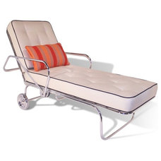 Modern Outdoor Chaise Lounges by Mimi London