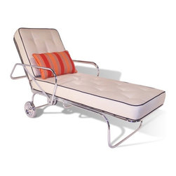 Palm Canyon Chaise - Don't you feel like you saw this chaise in some Hollywood movie? This remake of the classic 1950s look is really superb looking and would jazz up many outdoor areas in a snap.