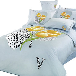 Le Vele - Le Vele Hayat, 6PC Duvet Cover Sheet Set Bed in a Bag, Full/Queen LE59Q - Large floral prints of gold poppies are painted on this light grey backdrop with abstract black and white leaf watermark accents.