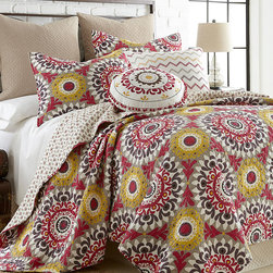 Levtex Home - Soleil Quilt Set - Redesign your bedroom with this brilliantly-patterned cotton quilt set. It is also machine-washable for easy cleaning. �� Includes quilt and two shams 100% cotton Machine wash; tumble dry Imported