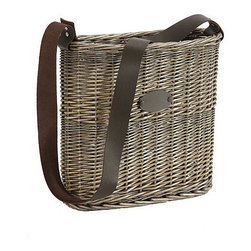 Willow Wall Pocket - This tote planter is such a beautiful way to display fresh flowers or clippings from the yard.