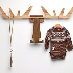 Cato Hanger, Oak/Walnut - Babies come with a lot of little things, so a place to hang some of the more adorable pieces is a must. This moose has warm wood tones, a fun animal shape, and a very graphic, clean look.