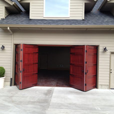 Traditional Garage Doors And Openers by Singcore