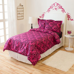 None - Venice Ivy Union Twin XL 2-piece Comforter Set - A fashionable black damask print lines a striking hot pink ground in this pretty comforter,making it perfect for any little girl's room. Designed with baffle box construction,this down alternative comforter is fully machine washable.