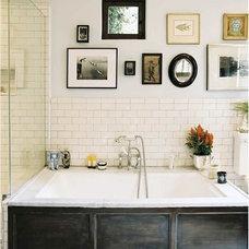 Traditional  masculine bathroom