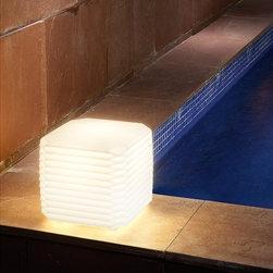 Carpyen - Carpyen | Zig-Zag 10.2in Outdoor Lamp - Design by Daifuku Designs.