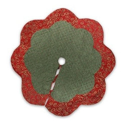 Classic Yuletide Tree Skirt - A TRADITIONAL DESIGN IN CLASSIC RED AND GREEN