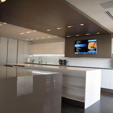 Contemporary Kitchen by Domatica