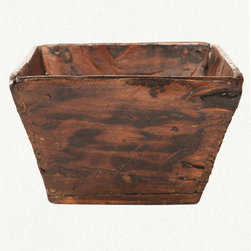 Grain Measure Box - A simple wood box is perfect for storing a magazine collection or even used as a vase. But look closer: This is a vintage Chinese wood grain box, used to measure the harvest. Love the texture and the rustic vibe.