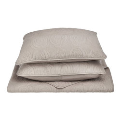 Channing Quilt Set - King - Grey - The Channing Quilt Set features a a minimalistic embroidered pattern and is available in five different colors. This set is made of 100% cotton and includes (1) Quilt: 106x92 and (2) Pillowshams: 20x36 each.