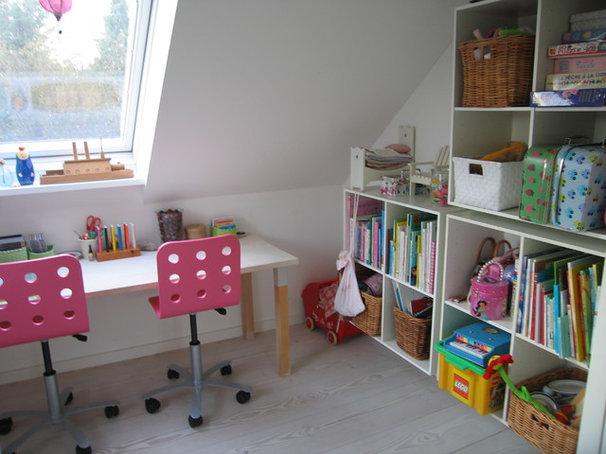 Contemporary Kids Childrens room