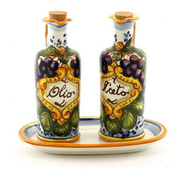 Artistica - Hand Made in Italy - Chianti: Olio and Aceto - Use this set for a stylish presentation and storage of oil and vinegar for your salad dressing.