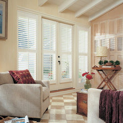 Heritance® hardwood shutters with Standard Hinged Panel - Hunter Douglas Custom Shutter Collection Copyright © 2001-2012 Hunter Douglas, Inc. All rights reserved.