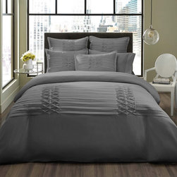 City Scene - City Scene Triple Diamond Grey 3-piece Duvet Cover Set with optional European Sh - This City Scene Triple Diamond grey duvet cover set is an instant fashion update for any bedroom. The set is made of super-soft and machine-washable microfiber for care-free maintenance and comfort.