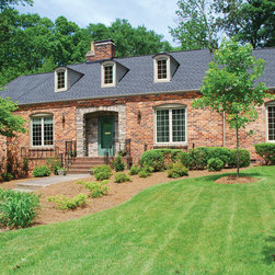 thermal Industries - Casement Windows - Plantation style home with beautiful casement windows in Earthtone color.