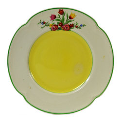Lavish Shoestring - Consigned 6 Small Tea Plates in Green & Yellow by Johnson Brothers, English, 193 - This is a vintage one-of-a-kind item.