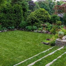 Traditional Landscape by Westover Landscape Design, Inc.