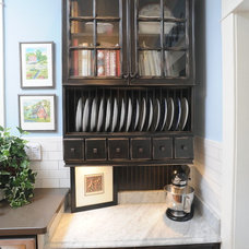 Traditional Kitchen Cabinetry by Green Depot