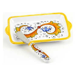 Artistica - Hand Made in Italy - Perugino: Butter Dish and Spreader Set - Perugino Collection: The Perugino pattern is an Artistica's exclusive. It was inspired by the Deruta's classic Raffaellesco a design that traces his origins from the XVI Century graceful arabesques of painter Raphael famous frescoes.