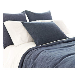 Pine Cone Hill - Pine Cone Hill Chambray Linen Bedding, Rich Blue Chambray, King Duvet Cover - A rich, color-drenched duvet cover in our perennial favorite, machine-washable linen. Knife edge, hidden-button closure.